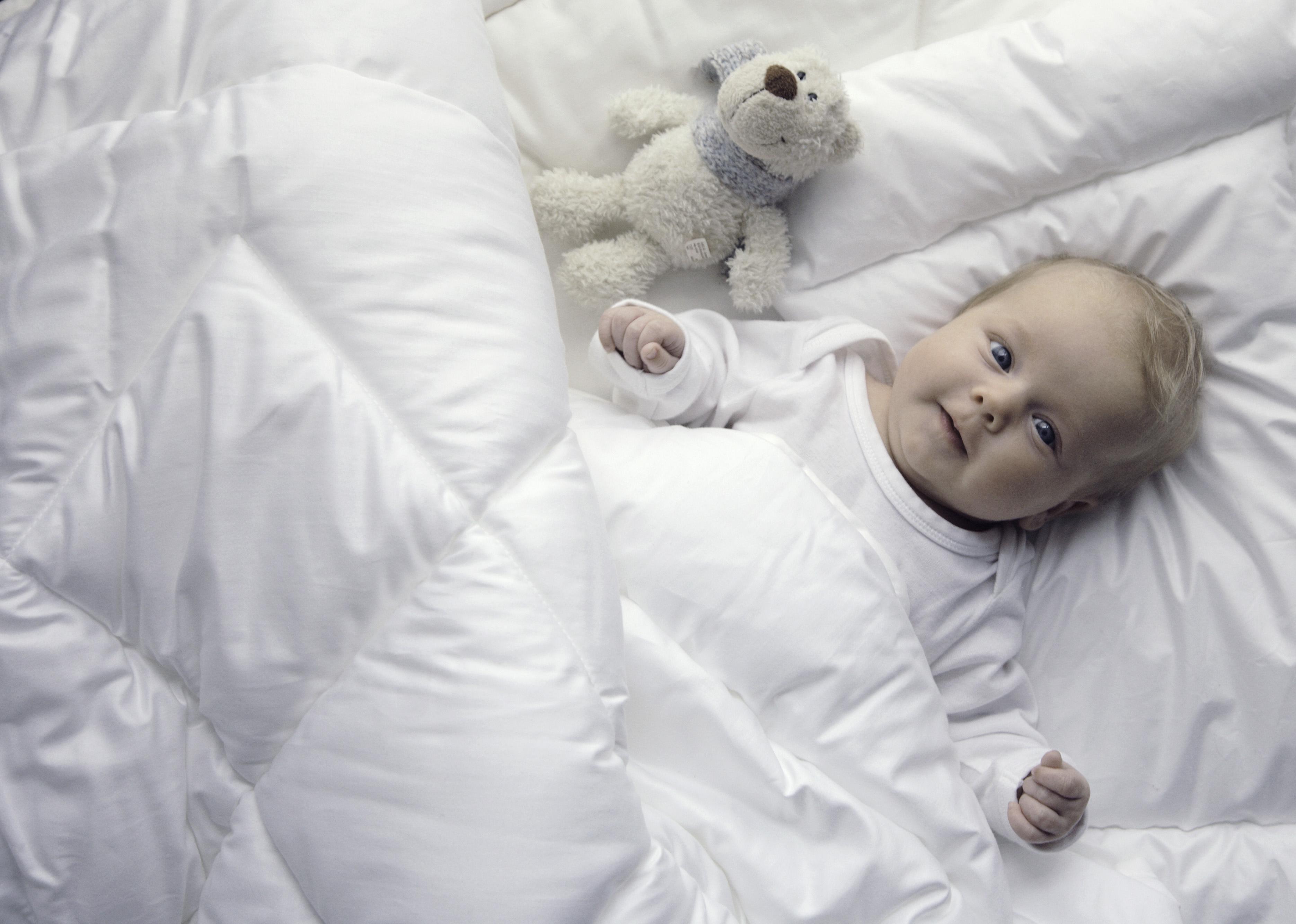 kinderbetten set schadstoffgepr ft f r junge allergiker purenature. Black Bedroom Furniture Sets. Home Design Ideas