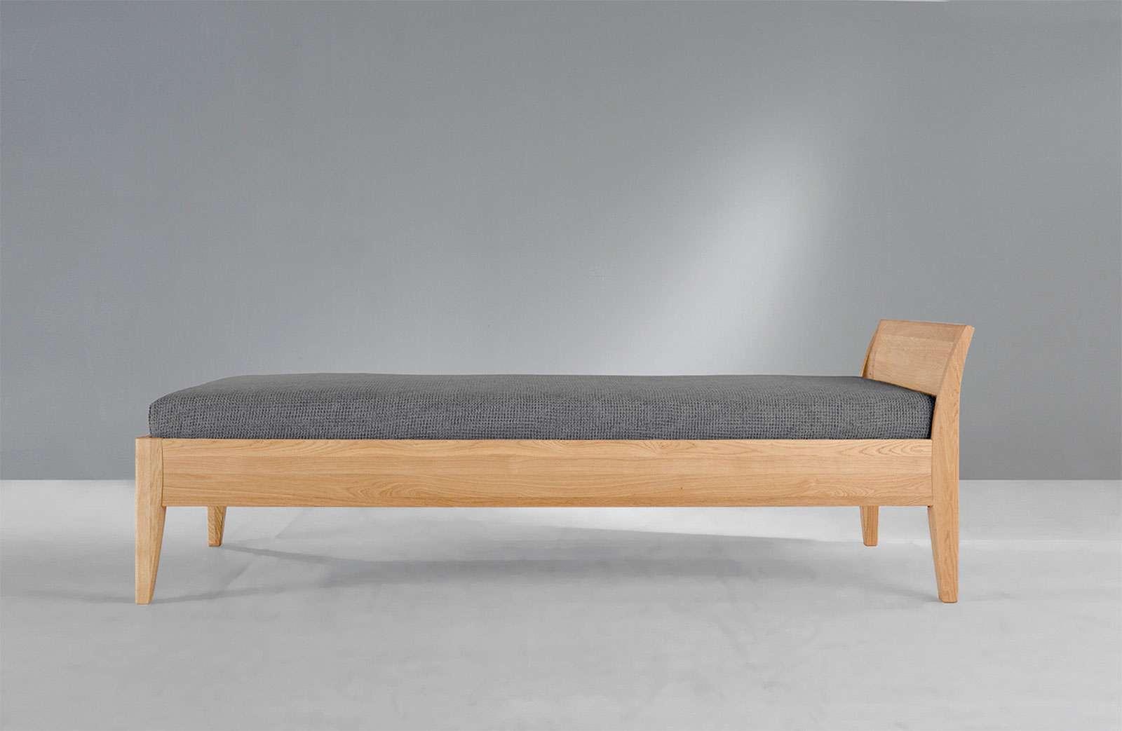 Massiv Holz Bett mit Kopfteil von Zack Design - CM Basic1 - PureNature
