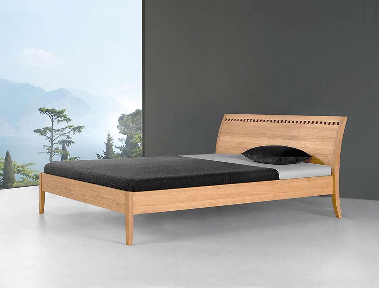 Massives Holzbett - Design Castilio - Coburger Werkstätten