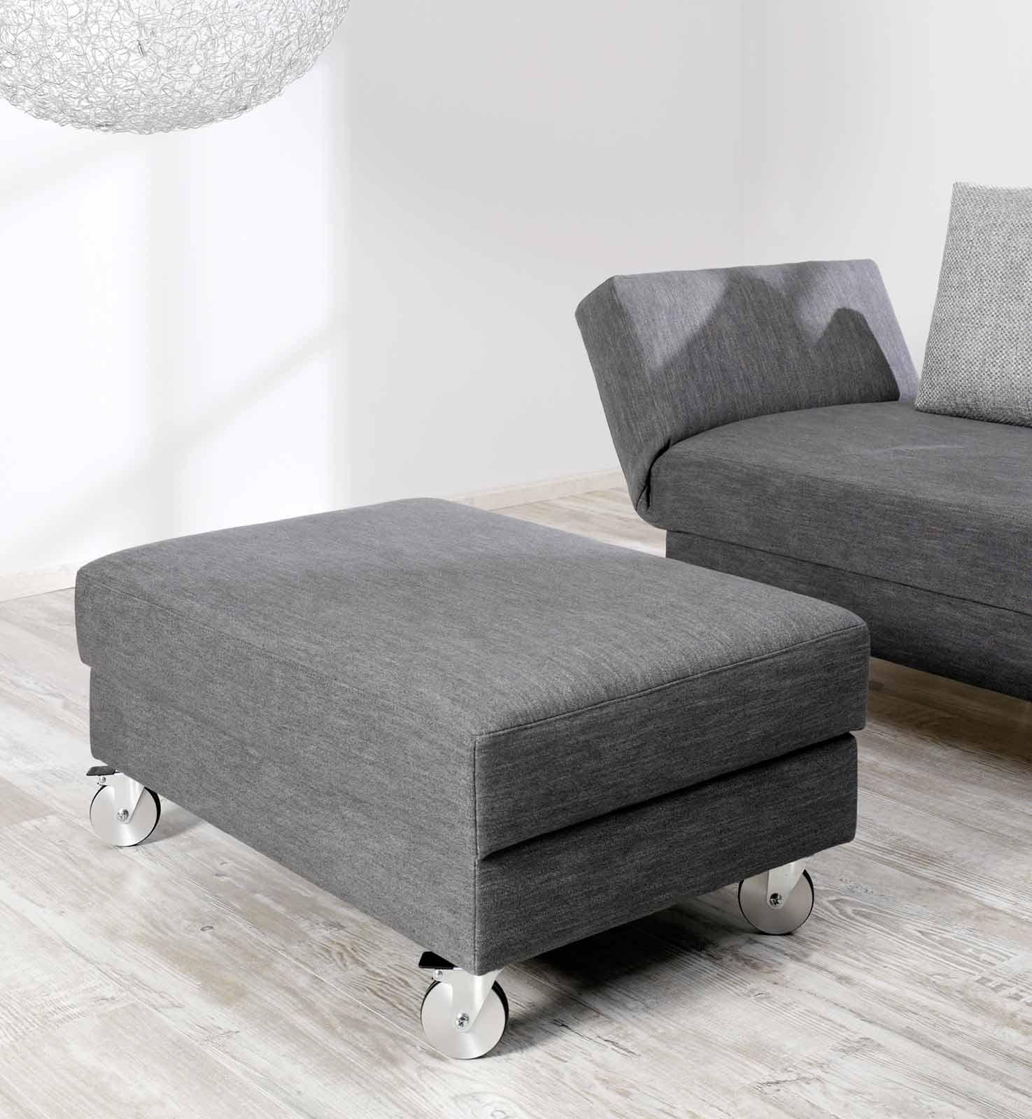 polsterhocker mit stauraum rollen gem tlich zum sofa purenature. Black Bedroom Furniture Sets. Home Design Ideas